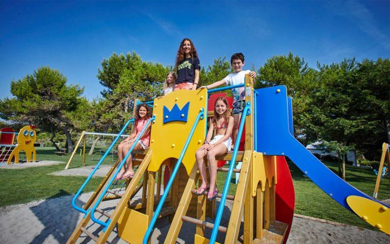 02-Kinder-Spielplatz