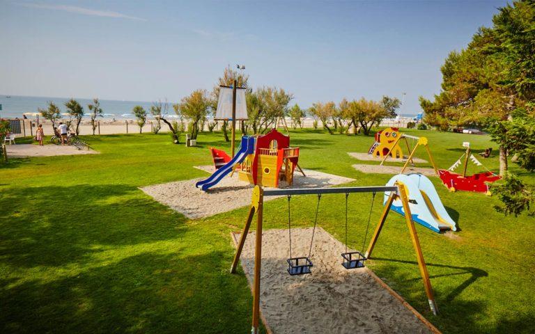 03-Children-Playground