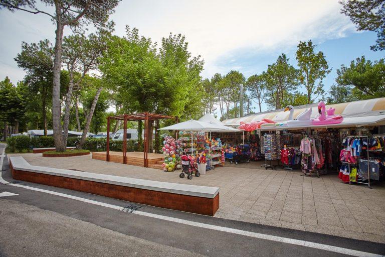 01-Bazar-Camping-Mediterraneo