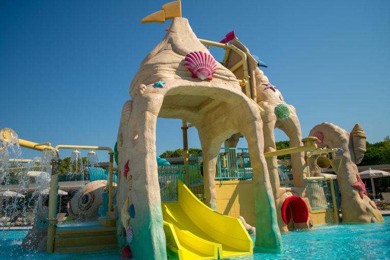 Castello-pool-water-park