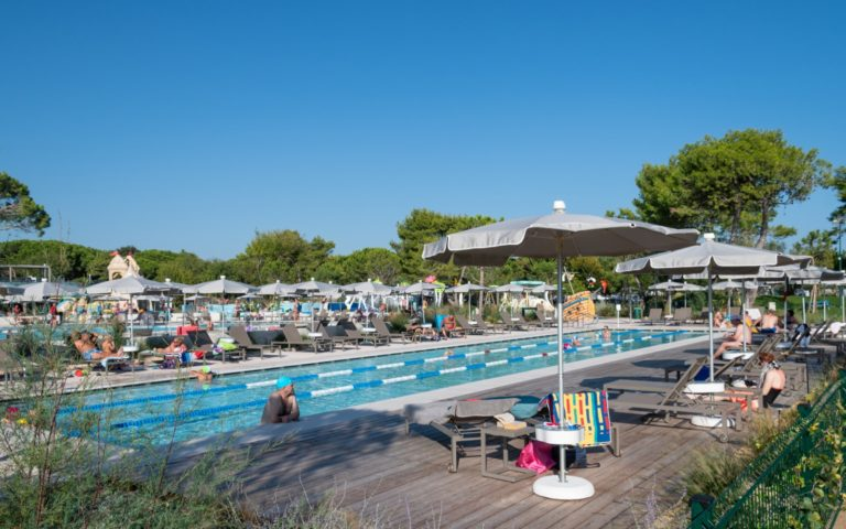 Semi-olimpic-pool-Cavallino-Treporti