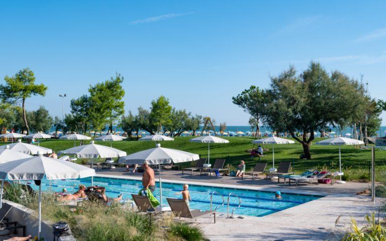 Semi-olimpic-pool-swimming-course