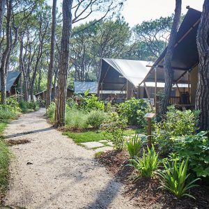 01-Natura-Lodge-Glamping
