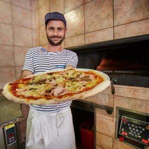 04-Pizza-am-Camping-Mediterraneo