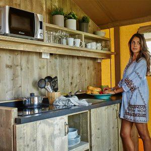 06-Comfort-Tent-Kitchen