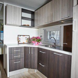 06-Kitchen-Chalet-Riviera