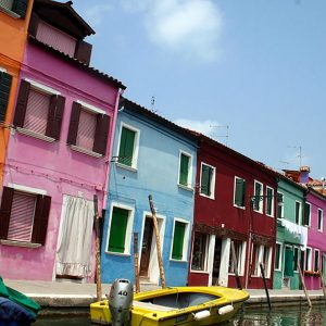 08-Burano-Case-Colorate