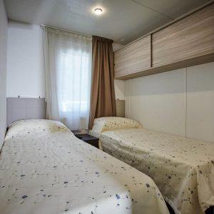 09-Zimmer-Chalet-Riviera