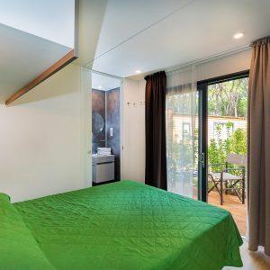 10-Glamping-Doppelzimmer-Terrasse