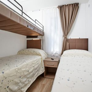 11-Chalet-Pineta-Small-Bedroom