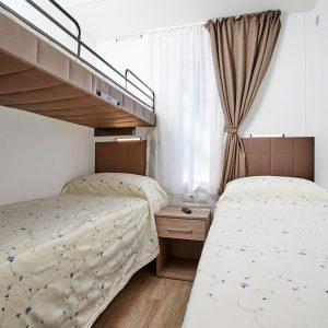 11-Chalet-Pineta-Small-Bedroom