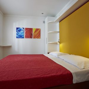 11-Maxi-Med-Family-Bedroom