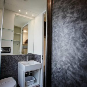 12-Bathroom-Chalet-Riviera