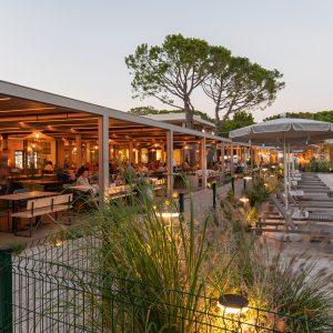2-Campingplatz-Mediterraneo-essen-restaurant