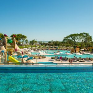 Parco-Acquatico-Camping-Mediterraneo