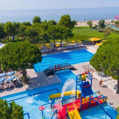 Piscine-Pools-Camping-Mediterraneo