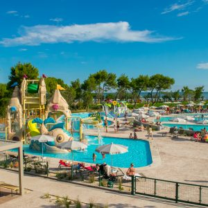 Camping-Village-Mediterraneo-Castello-pool