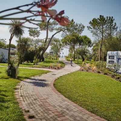Stellplatz-Camping-Mediterraneo